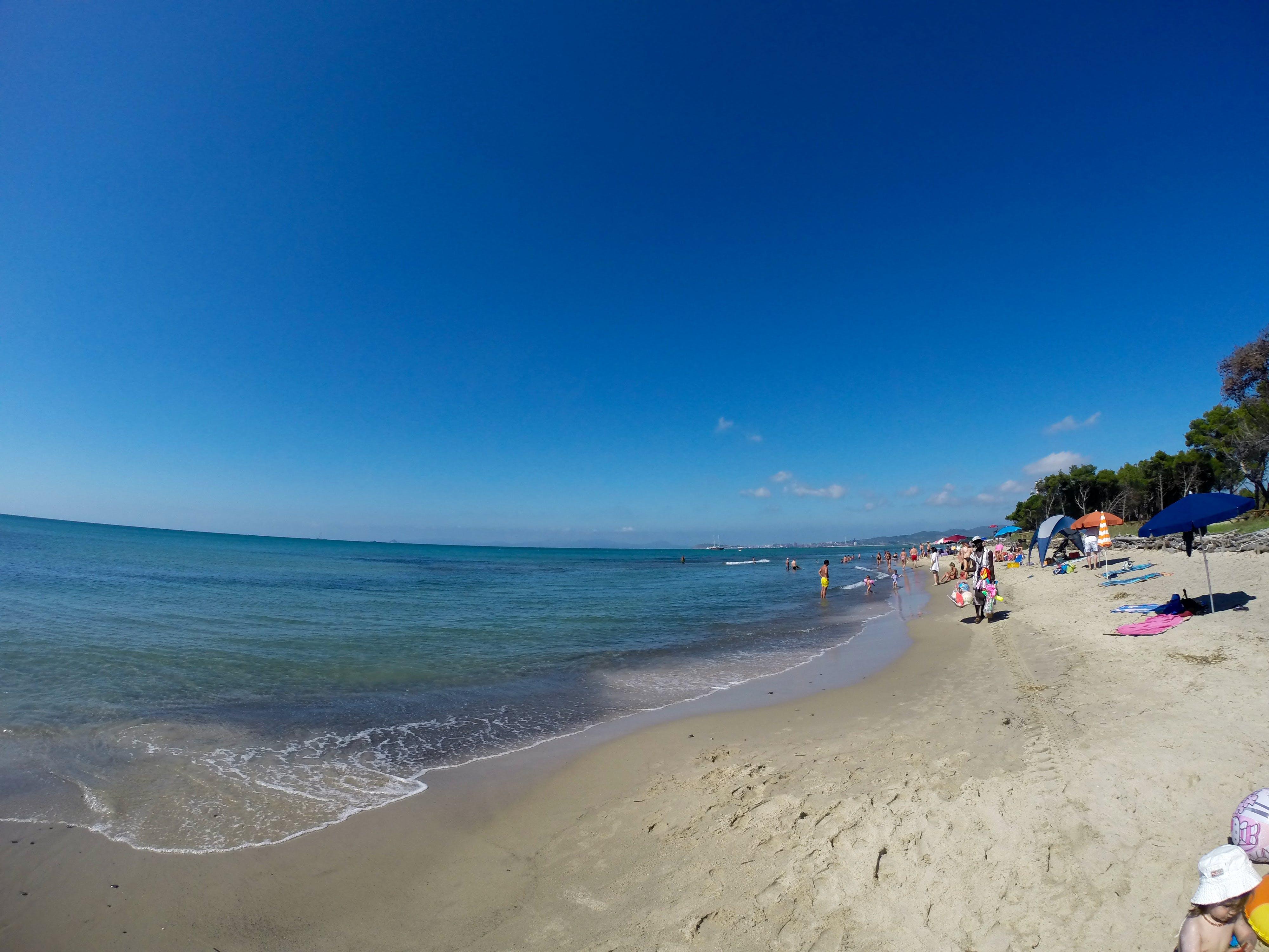 Bagno stefano beach tirrenia - Bagno fortuna marina di pisa ...