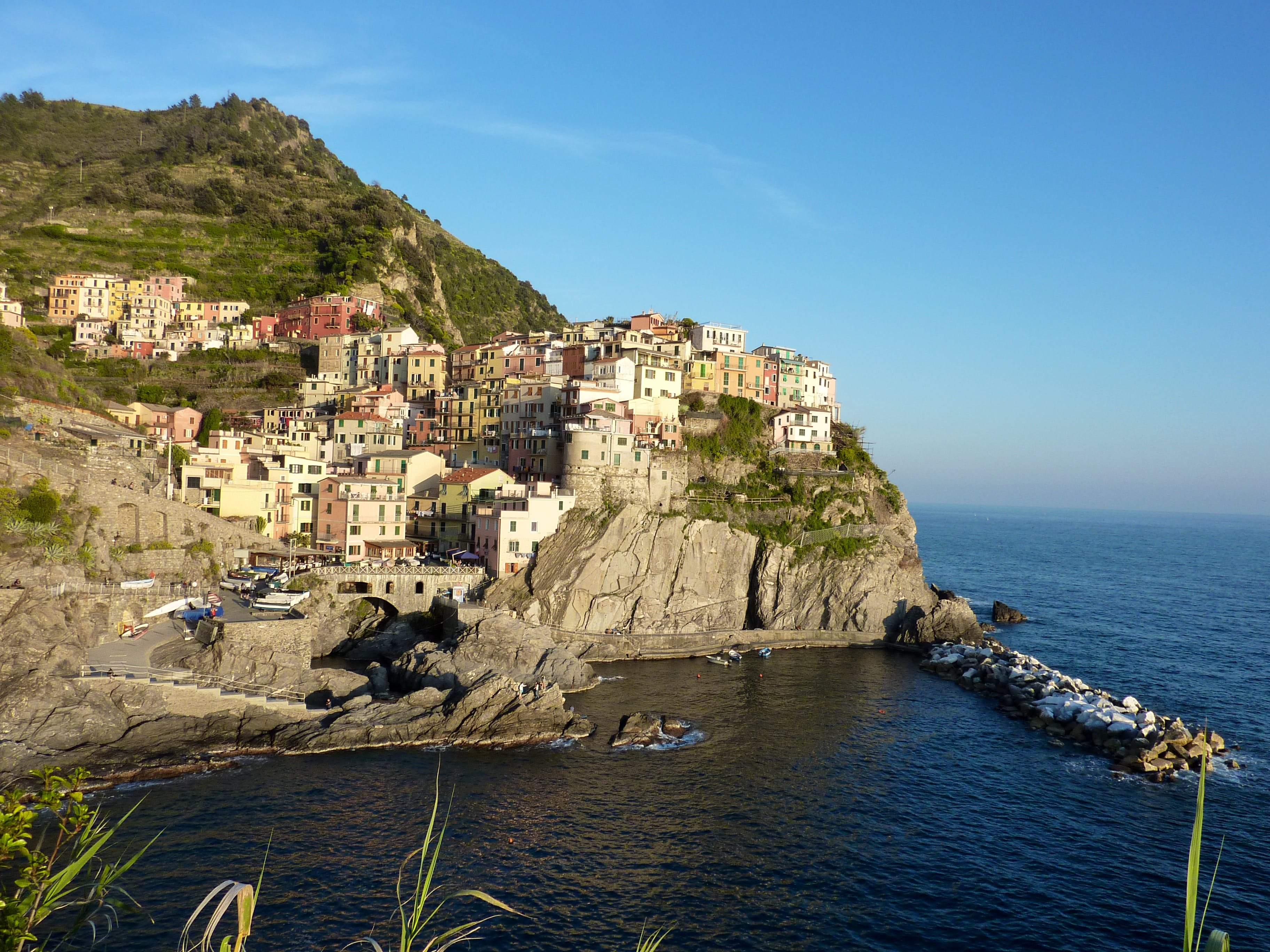 Explore Manarola in Cinque Terre: Places to Hike and Visit on cinque terre italy map, monterosso al mare, ravello italy map, cortona italy map, positano italy map, amalfi coast italy map, portovenere italy map, tyrol italy map, urbino italy map, cinco de terre italy map, portofino italy map, cinque terre, italy, italian riviera map, bogliasco italy map, riomaggiore italy map, italian riviera, vernazza italy map, province of la spezia, la spezia, montepulciano italy map, capri italy map, lavagna italy map, mantua italy map, castellana grotte italy map,