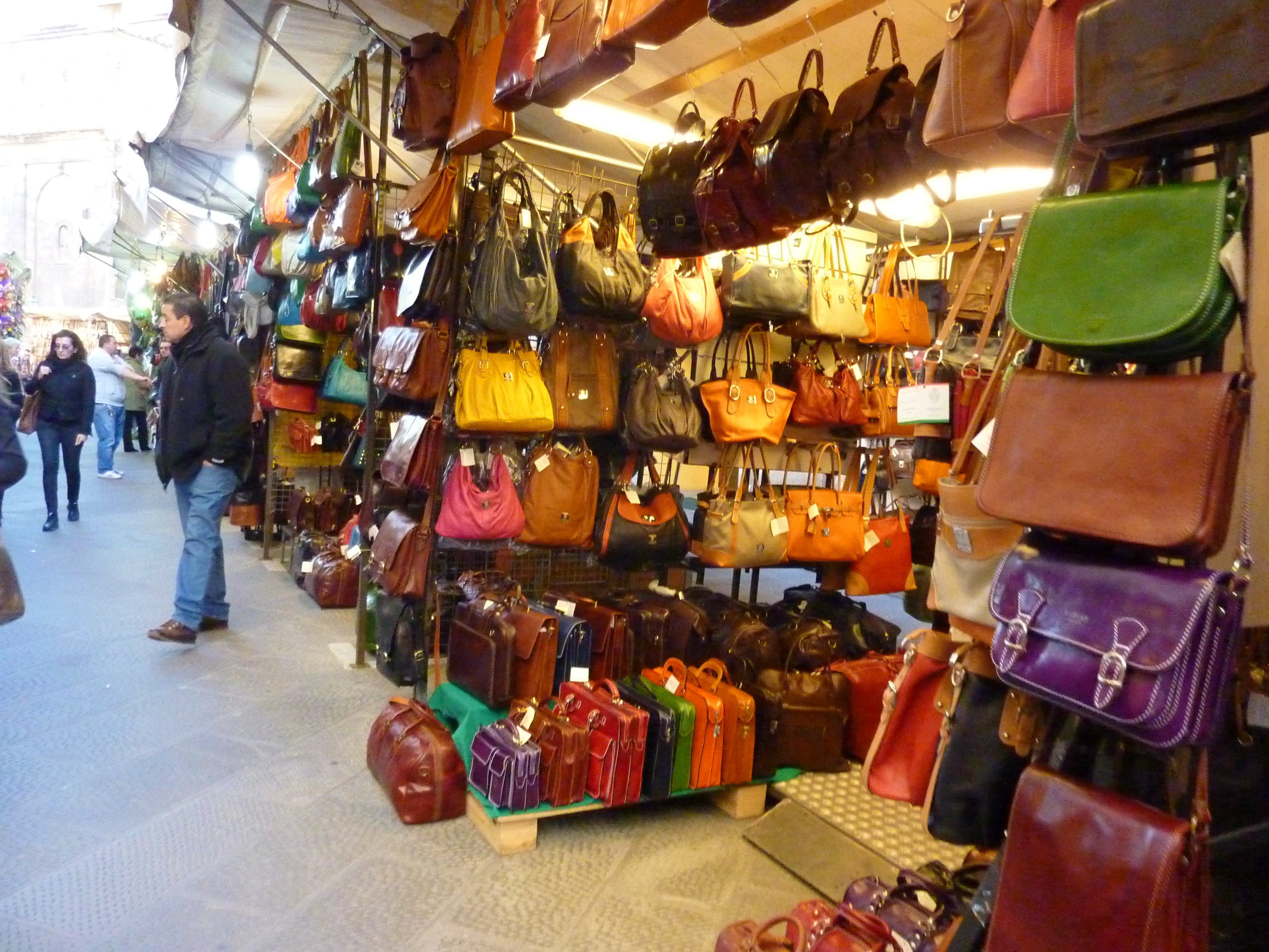 a637532cc109c Top Places to Buy Italian Leather in Florence  Where to go in Florence for  Italian Leather