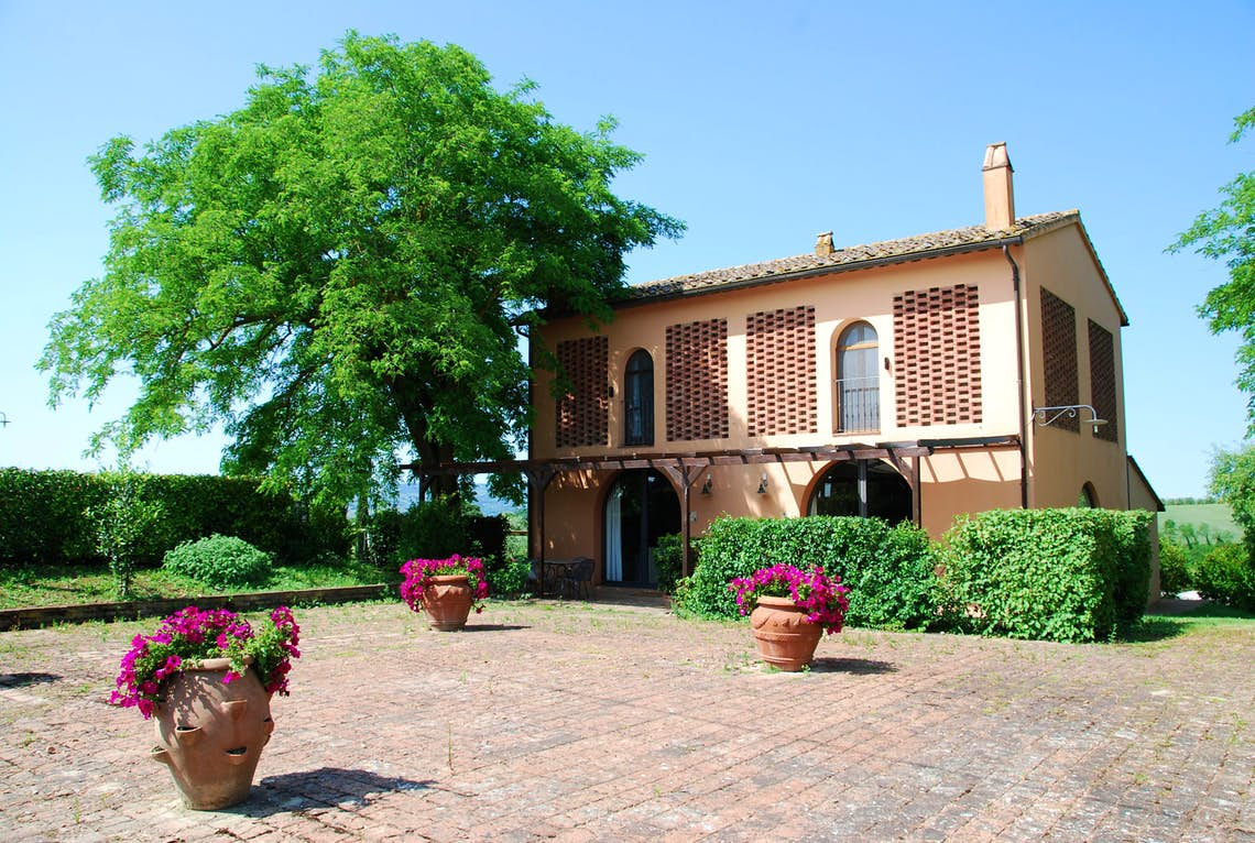 Tuscany Farmhouse AccommodationAgriturismo In ToscanaFarm Holidays TuscanyItaly