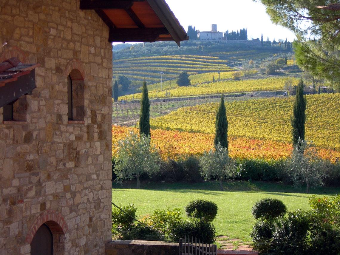 chianti farmhouses agriturismo accommodation in chianti tuscany