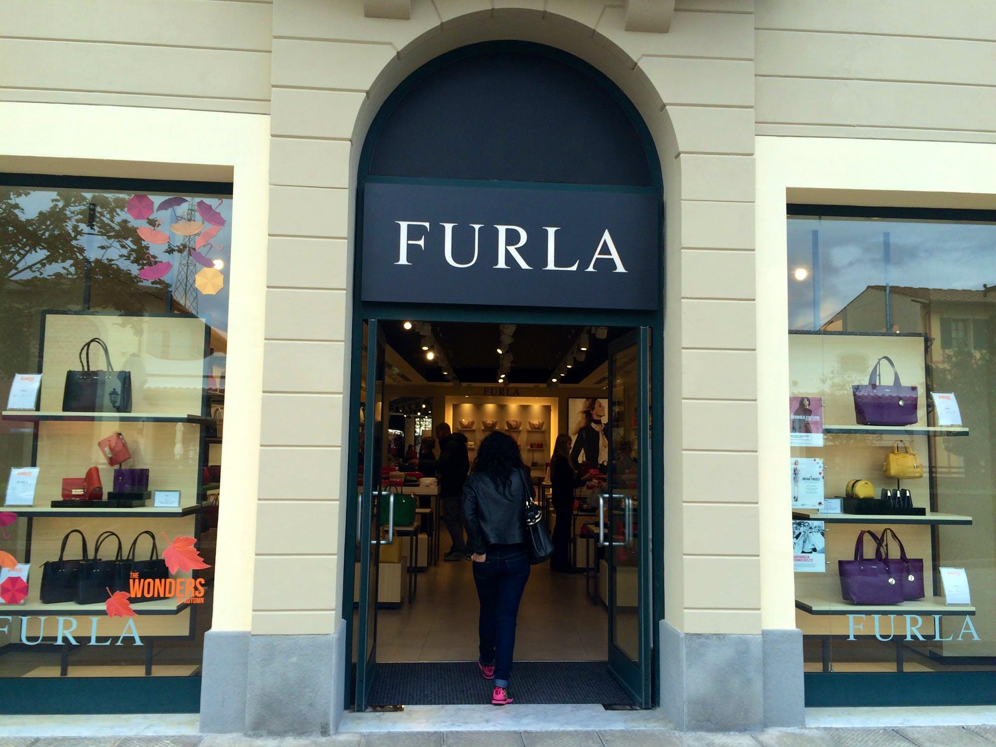 Barberino Designer Outlets: Shopping in Barberino di Mugello near ...